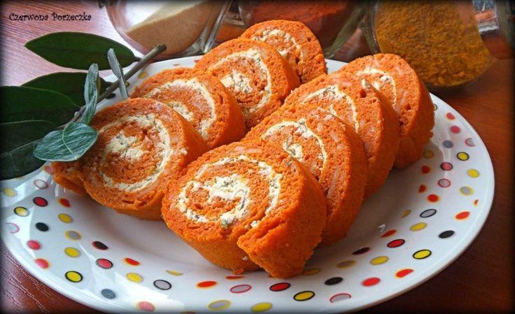 Czerwona Porzeczka: Roladki pomidorowe z ziołowym serkiem