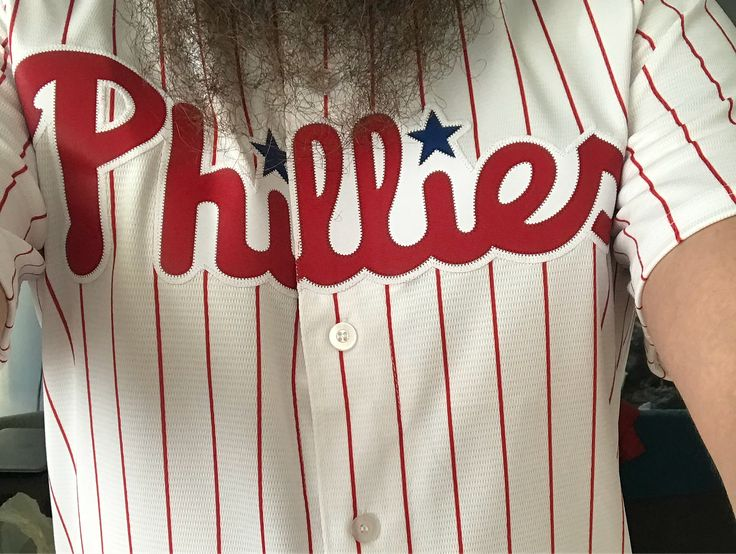 Impromptu wrestling night out. Featuring Moehawk in badly need of attention! #phillies #philadelphia #newcastle #moehawk #jewcurles