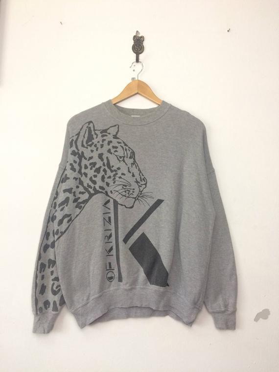 25/% OFF Rare KRIZIA Sweatshirt Big K Logo Leopard Design At Sleeve  Top Fashion Designer Size 40