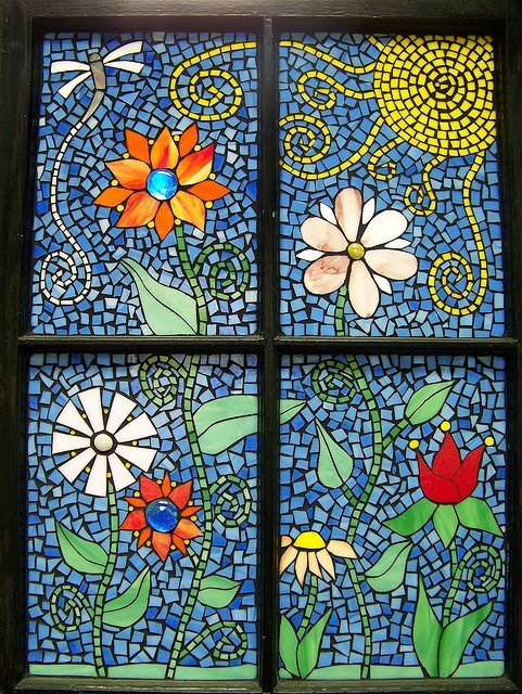'Funky flowers' mosaic window by Meaco's Art Garden, via Flickr