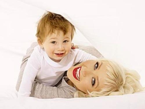 Christina Aguileras son, Max