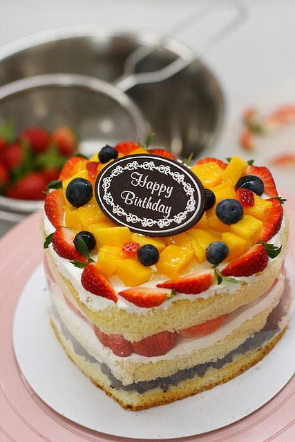 15 best Toronto reception images on Pinterest Fresh fruit cake