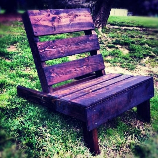 Outdoor ChairsOld Barns Wood, Canada Day, Outdoor Chairs, Pallets Furniture, Google Search, Repurposing Outdoor, Gardens Outdoor, Diy Repurpoed Outdoor, Barn Wood