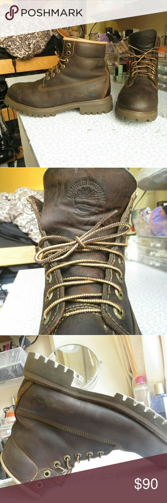Excellent condition Timberland Boots Excellent used condition Timberland waterproof boots. I have taken great care of the leather, and it will last a long, long time for you! Reinforced stitching, metal eyelets, and the tread of the sole is in excellent condition as well. These boots are made to last! Handsome dark brown leather that goes well with any outfit. Size 8.5 mens, I am a size 9 in women's and I actually wore these with thick socks during the winter. I am downsizing my closet, and…