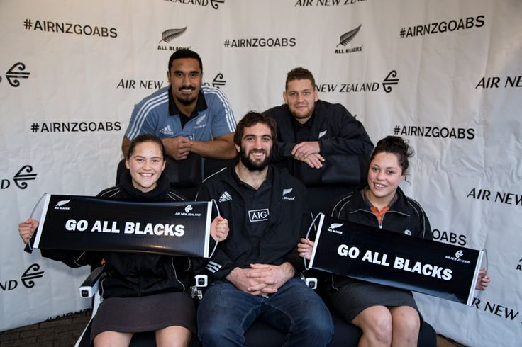 On the Air New Zealand Economy Skycouch with All Blacks in Hamilton #AIRNZGOABS #AirNZ