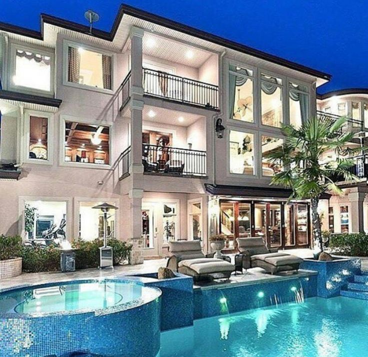 Luxury Home Exteriors: 1000+ Ideas About Luxury Homes Exterior On Pinterest