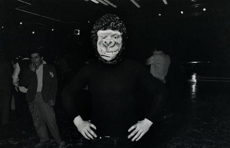 Gabriele Basilico Dancing in Emilia 1978 stampa alla gelatina d'argento © Gabriele Basilico  Raccolta della fotografia della Galleria civica...