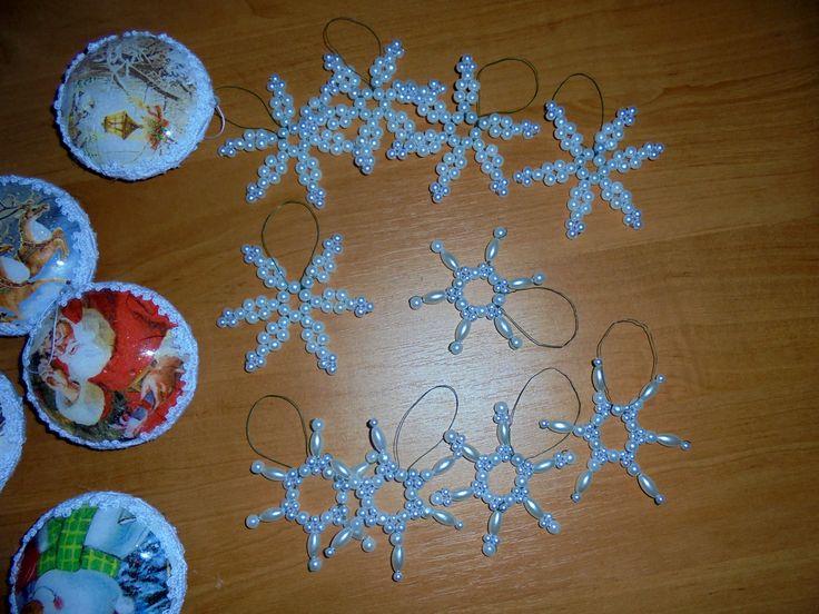Hobby - Moje rękodzieło / śnieżynka z koralików / płatki śniegu na choinkę // Hobby - My crafts / snowflake with beads / snowflakes on the Christmas tree