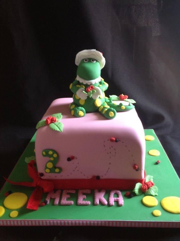Dorothy the Dinosaur Birthday cake - Cake Decorating on facebook