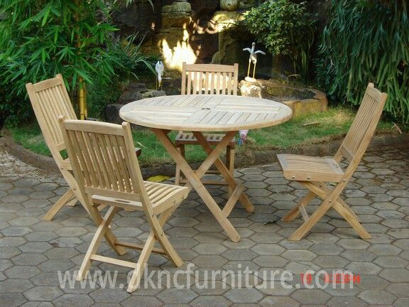Garden Furniture Round Folding Table Bali Folding Chair more info E-mail: kranji123@indo.net.id / info@dkncfurniture.com or visit website www.dkncfurniture.com #garden #folding #round #table #spogagafa #dkncfurniture #order #job #work