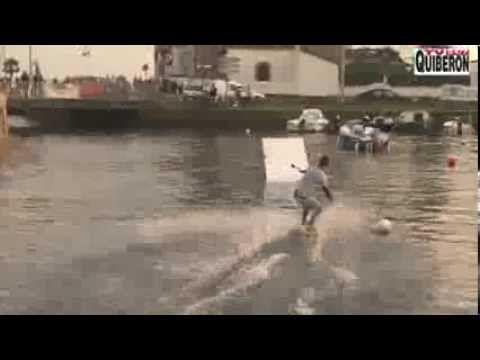 http://www.carnac-tv.fr  Reportage TV Quiberon 24/7 - 19 0ctobre 2013 - Original, insolite et rapide, un petit treuil nautique permet à des kiteboarders de sauter un obstacle dans le port de Carnac-plage dans le Morbihan en Bretagne sud à l'occasion du salon de la glisse Sail N'Gliss 2013