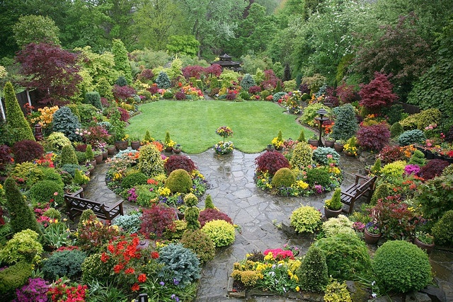 Upper Garden Spring - After Rain: Color, Four Seasons, English Gardens, Flower Gardens, Gardening, Beautiful Gardens, Backyard Gardens, Flowers Gardens Landscape
