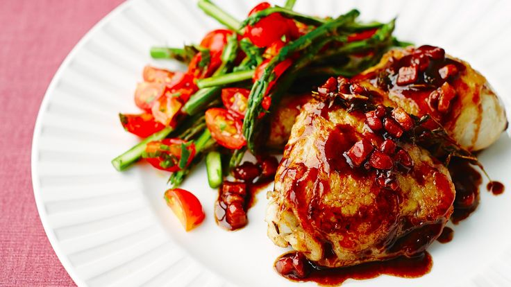 Pollo all'aceto balsamico: Chicken with pancetta, garlic, thyme and balsamic vinegar