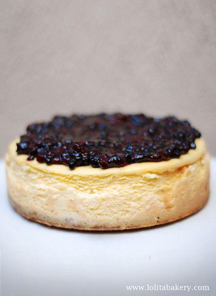 CHEESCAKE PASTEL. Lolita bakery, Barcelona. Postres y pies deliciosos. #pie #cheescake #creamcheese #berries #cream #barcelona #teatime