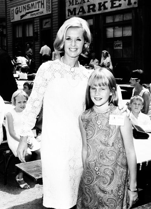 Tippi Hedren and daughter Melanie Griffith