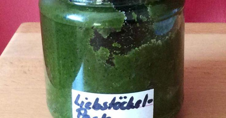 Liebstöckel(Maggikraut)-Paste