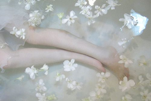 doll, girls, legs, suicide, sexy, white dress, ghost, girl, tumblr, hipster, sweet, handsome, cute, flowers, skinny, pale, barbie, flower, v...