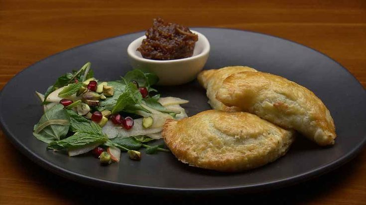 Haloumi, Pear and Mint Pastie with Date and Fig Jam