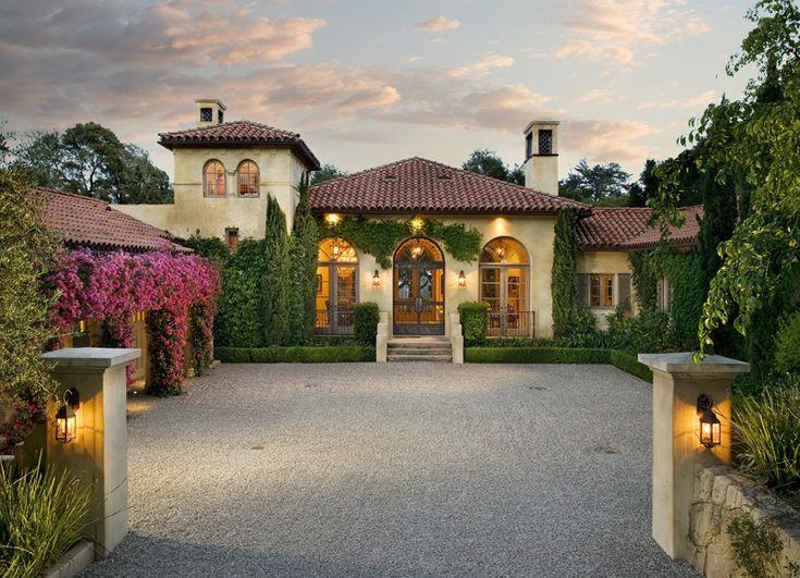 17 best ideas about mediterranean homes on pinterest - Spanish exterior house designs ...