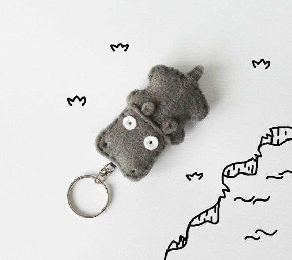 Hippo felt keychain, stuffed hippo figurine, cute keychain charm, cute animal key ring, bags accessory, grey keychain, gift idea