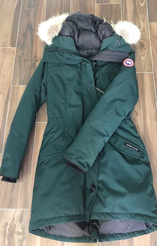 ad57b067c2bc Canada Goose Rossclair Coyote Fur Trim Down Parka Women s Green Coat ...
