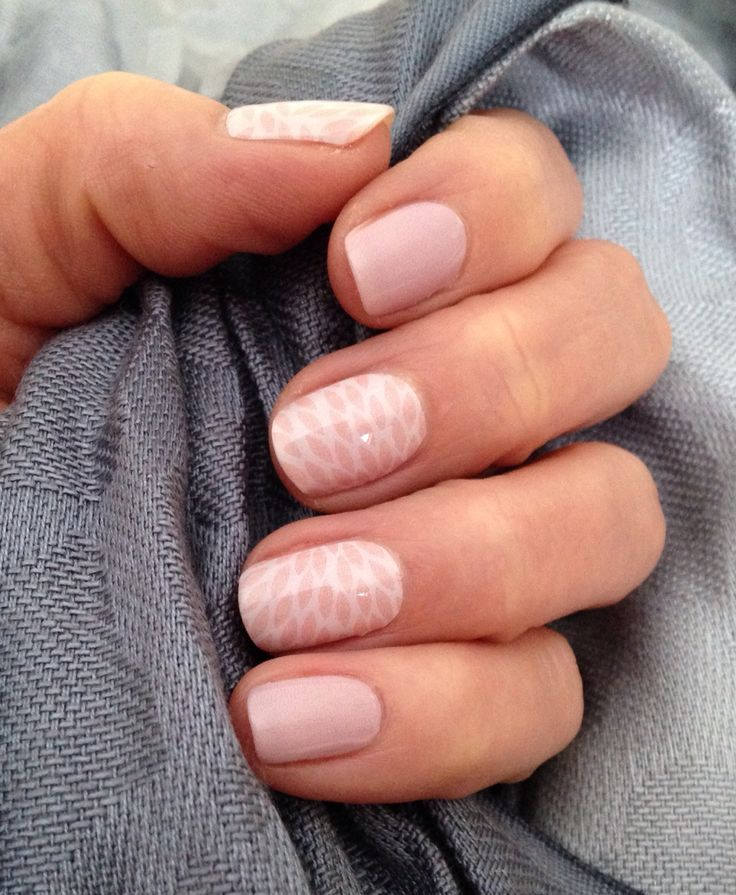 Rose Quartz Lotus with Daydream & clear TruShine  gel.  Order at  www.tamihoiseth.jamberry.com