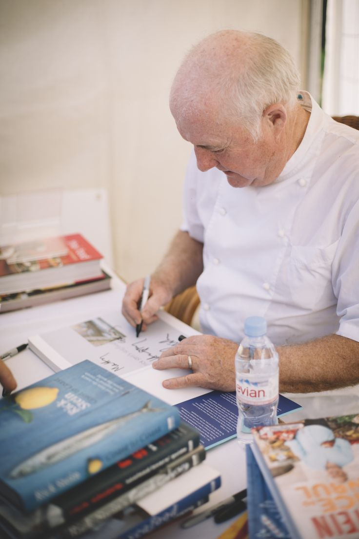 Celebrity Chef Rick Stein book signing at The Margaret River Gourmet Escape. For tips and ticketing, read the post.
