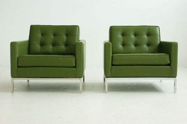 Lovely green chairs...:)