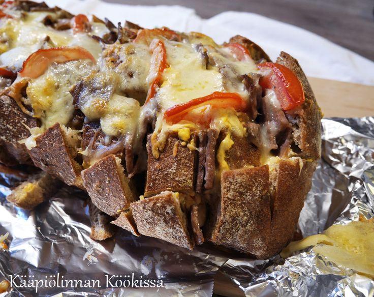 Kääpiölinnan köökissä: Kebablastuilla täytetty nyhtöleipä ♥