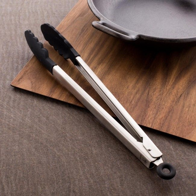 Stylish and durable 18/10 stainless steel construction with heat resistant silicone ends make J.A. Henckels International Classic kitchen tools the perfect choice for the serious home chef.
