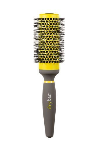 Ceramic or Metal Round Brush This vented brush allows air to pass through and dry your strands from every angle. The metal barrel heats up under your hairdryer, acting as a curling iron during your blowout.