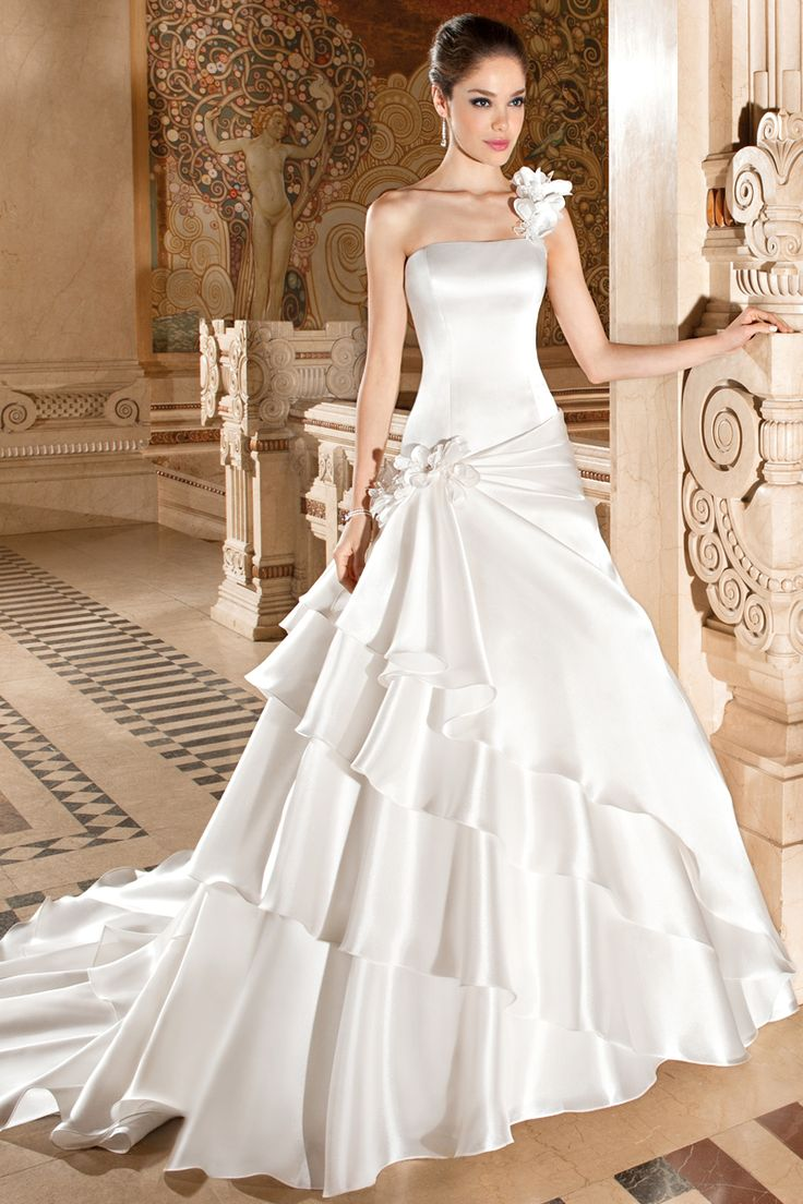 The 85 best Wedding Dresses images on Pinterest | Short wedding ...