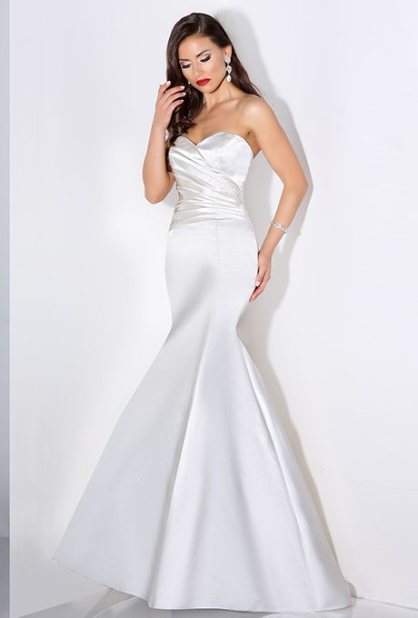 Cristiano Lucci. Sweetheart neckline with asymmetrical pleated bodice, fit-and-flare skirt.