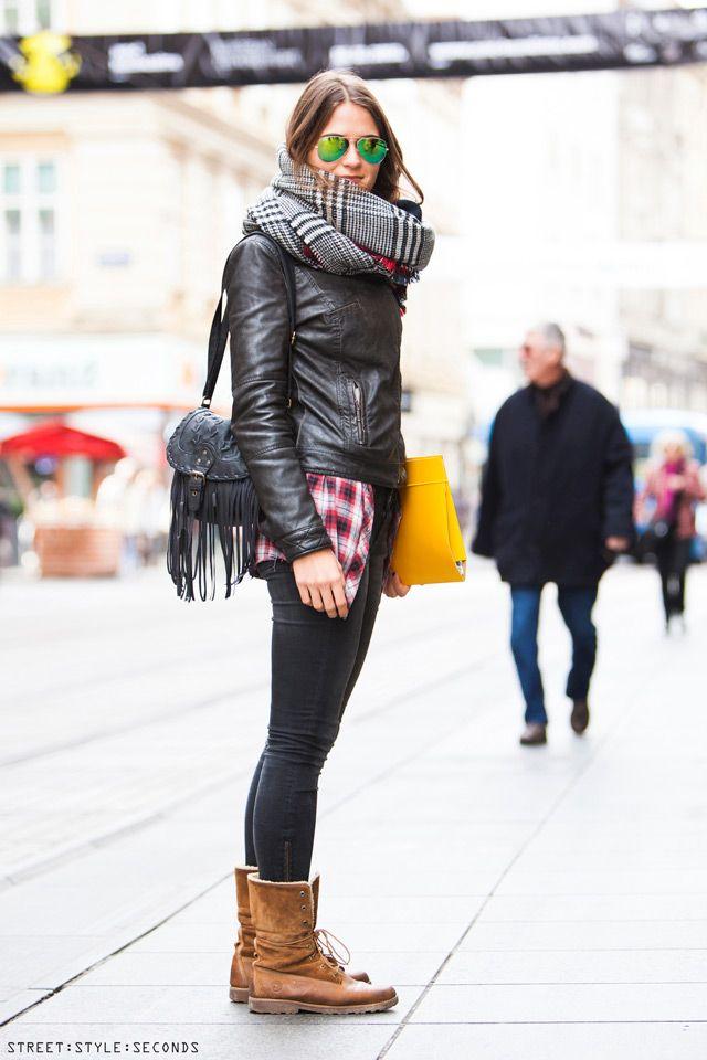 Women s winter fashion popular accessoires, how to wear plaid scarf, street style, ulična moda