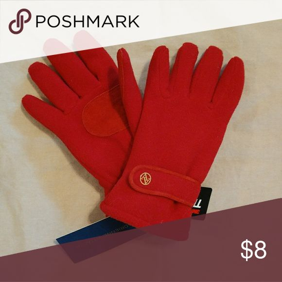 Brand New Red Thinsulate Gloves Adrienne Virtadini brand Adrienne Vittadini Accessories Gloves & Mittens
