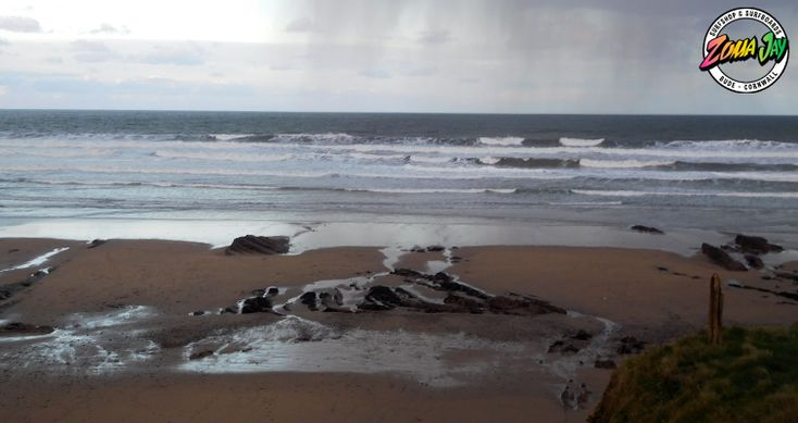 Onshore winds have really lightened up today and we have some sun! A cleanish 3-4ft  The cleanest day before the new year - make the most of it!!  High Tide (am): 00:17 (6.2m) Low Tide (am): 06:38 High Tide (pm): 12:53 (6.5m) Low Tide (pm): 19:20  The incoming tide will provide the most fun this morning! Head down to the bay  For our full daily report and 7 day forecast head to: https://www.zumajay.co.uk/surf-report