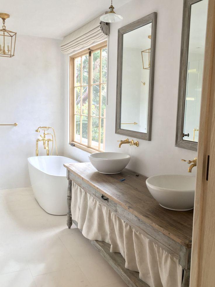 Giannetti Home Junior Malibu Master Bath