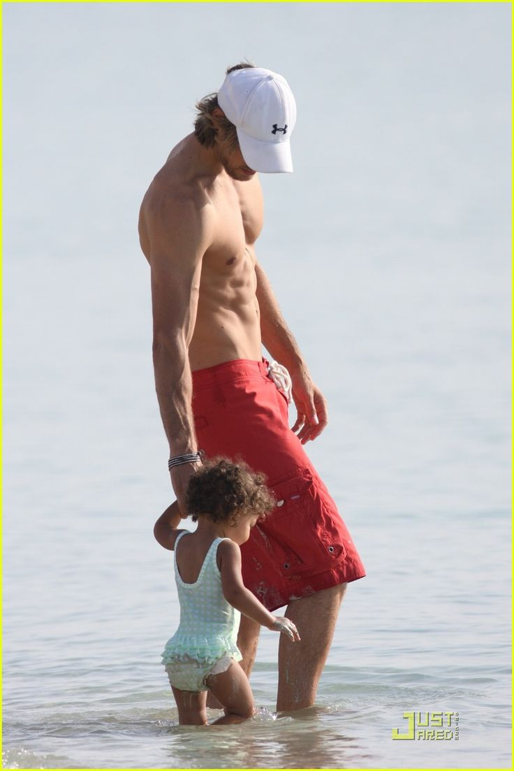 Halle Berry & Gabriel Aubry: Beach Beauties