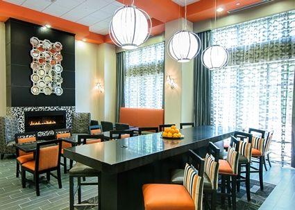 Hampton Inn Stafford/Quantico-Aquia Hotel, VA - Lounge area Hotel in Stafford VA