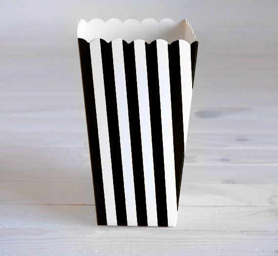 Box Popcorn a strisce nere  17 cm  6 pezzi di ThinkPartyShop