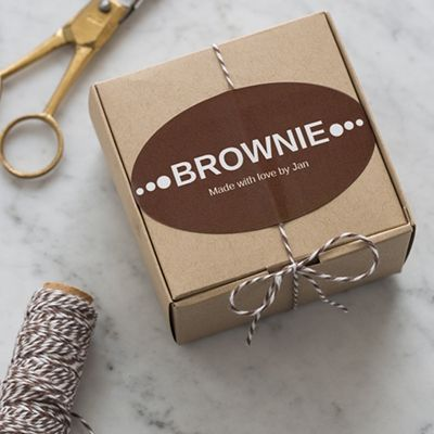 Make homemade treats irresistible with a personalized label and baker's twine. #ValentineGifts
