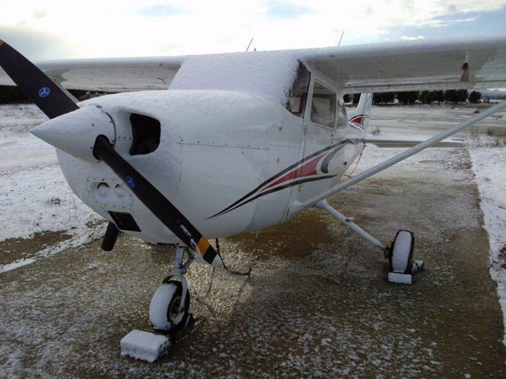 SX-ASG in snow today in Tatoi AFB ! (photo by Panagiotis Broumas)