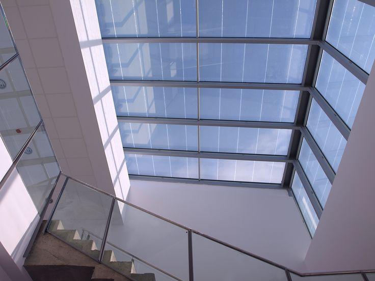 La cubierta en vidrio fotovoltaico más grande del mundo, con cerca de 8.400 metros cuadrados, está en la nueva sede de la compañía farmacéutica Noravist en New Jersey