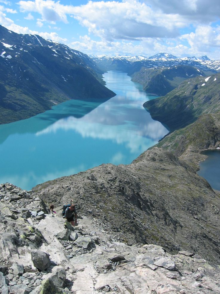 Besseggen, #Norway. A beautiful and popular place for walking. You go between two waters - one is green and the other is blue. Near Gjende in #Jotunheimen.
