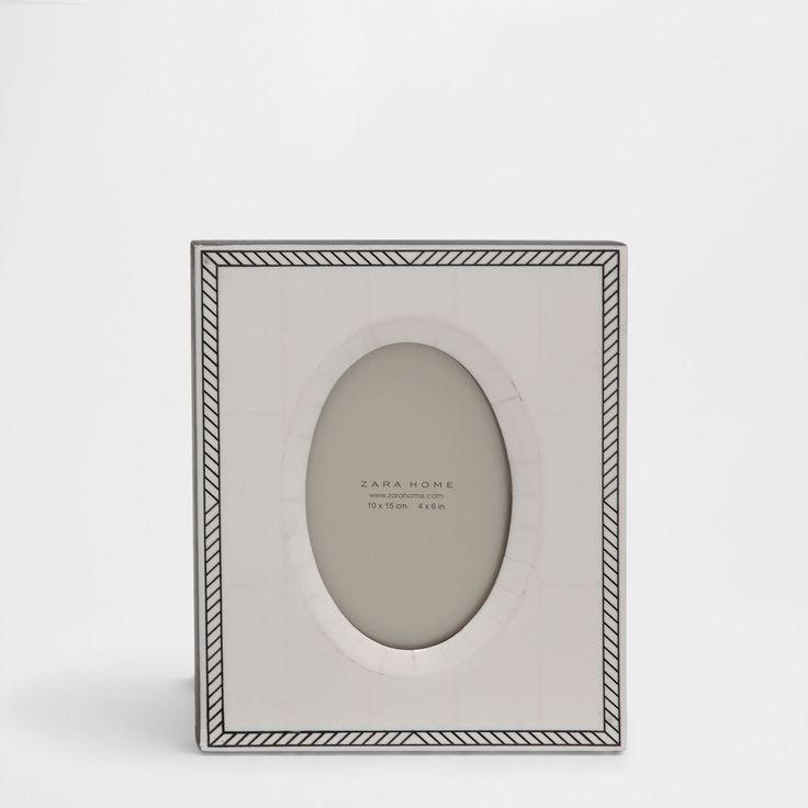 Εικόνα 1 του προϊόντος Κλασική κορνίζα σε σχήμα οβάλ από κόκαλο