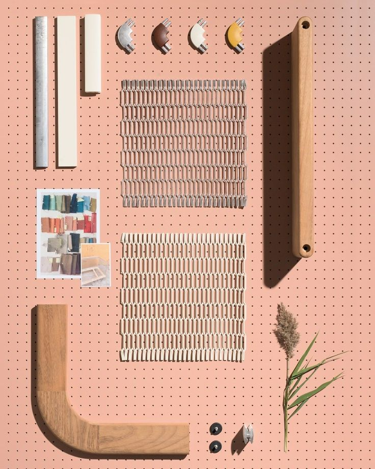 Mesh by @patricia_urquiola recalls certain #architectural facades that isolate the surroundings without impeding the passage of #light or #air circulation. #lacuna #outdoor #modern #design www.lacunamodern.com