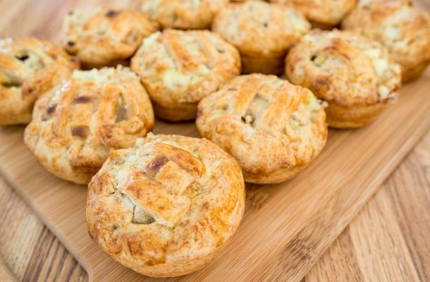 Mini almás piték muffinsütőben sütve | femina.hu