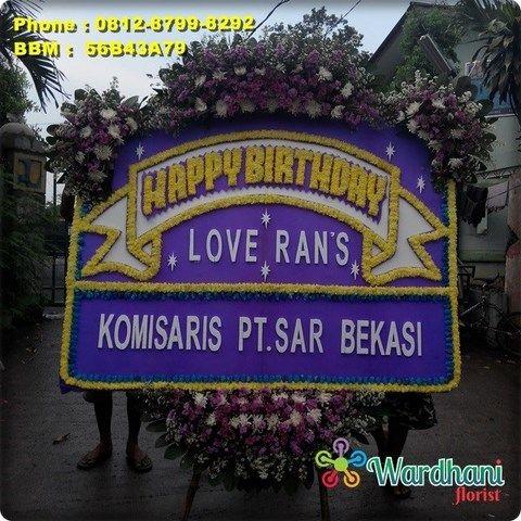 Bunga Papan Happy Birthday HUT512WF