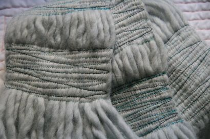 Sewn yarn scarf. Great idea for leftover yarn or when you simply don't have the time or skill to knit!: Strands Together, Yarns Scarfs, Sewn Yarns, Scarfs Ideas, Sewn Scarfs, Neat Ideas, Desire Length, Desire Interval, Sewing Machine