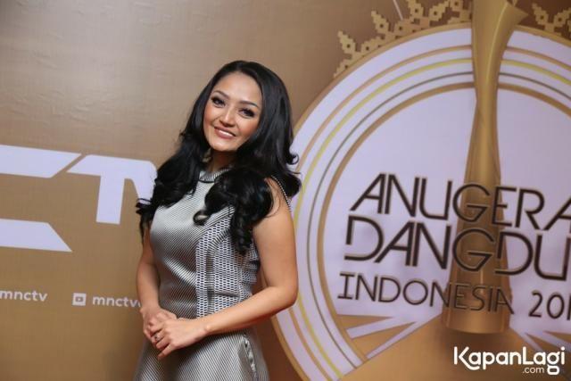 Kedekatan Siti Badriah & Haydar Persahabatan Rasa Pacaran